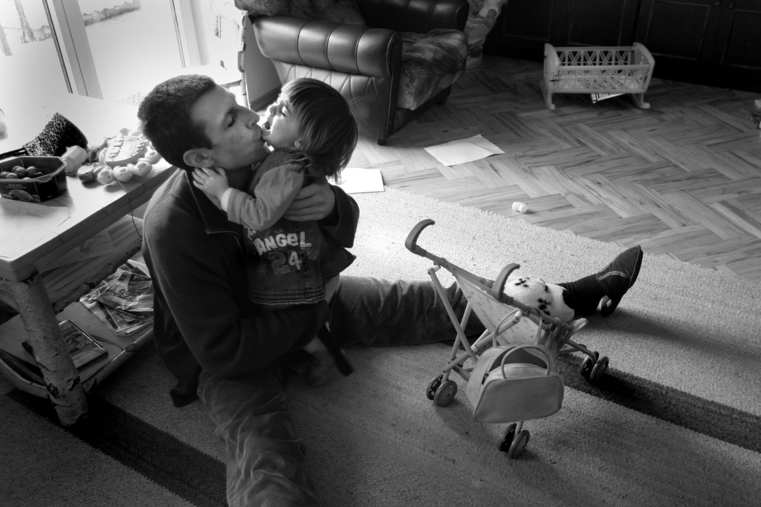 Dad at home - Documentary photographer Anna Bedyńska