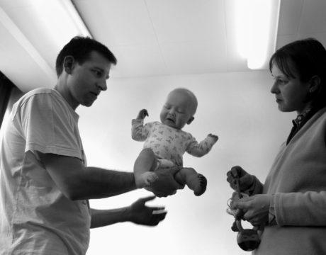 Hold me tight - Documentary photographer Anna Bedyńska